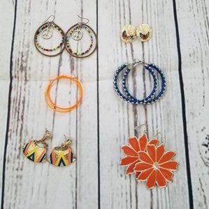 Jewelry - 6 pairs of earrings